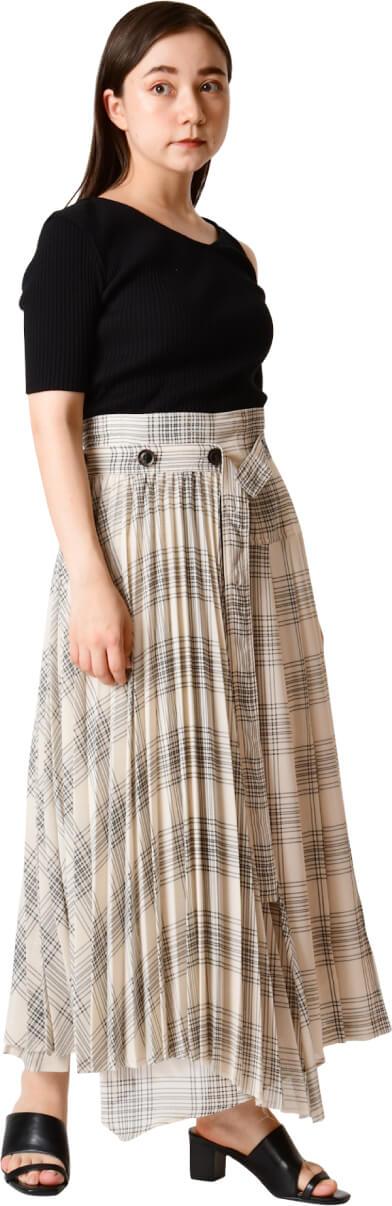Pleated layered skirt